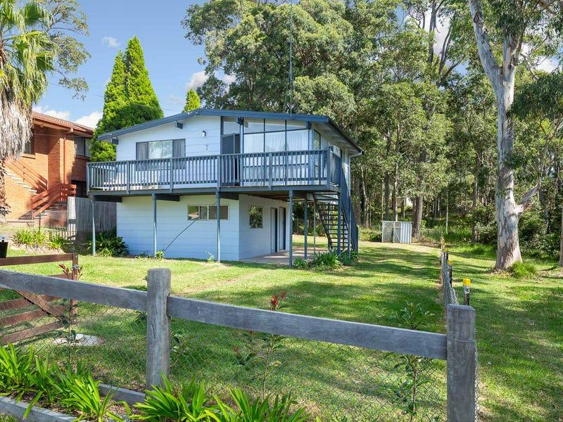 7 Euroka Avenue, Malua Bay, NSW 2536