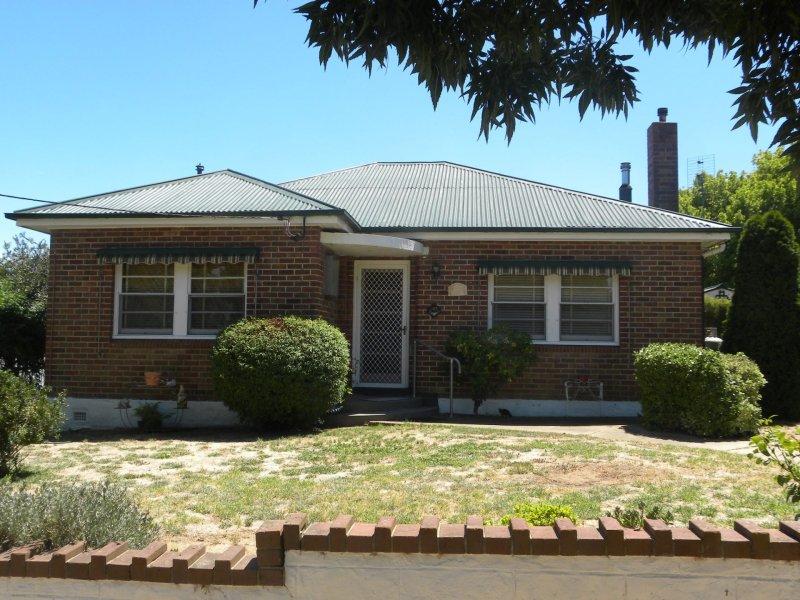167 Albury Street, Harden, NSW 2587