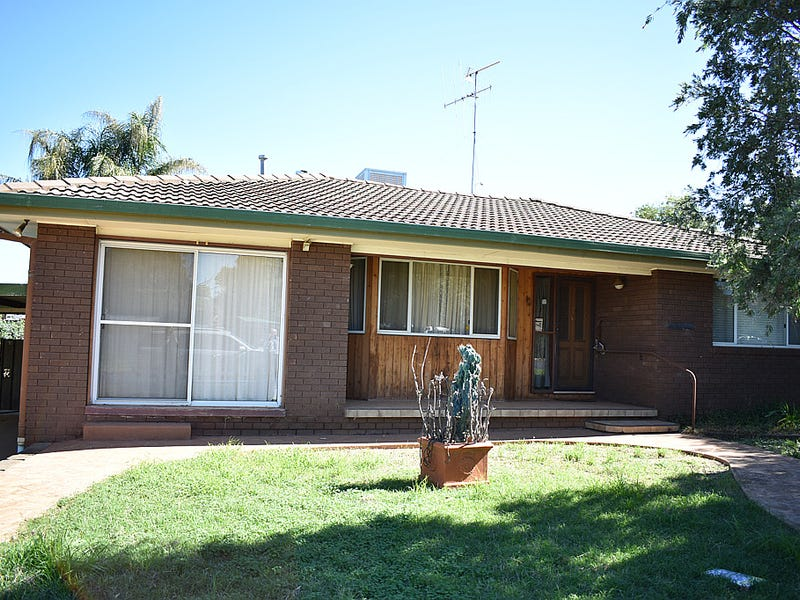 4 Basil Ave, Parkes, NSW 2870