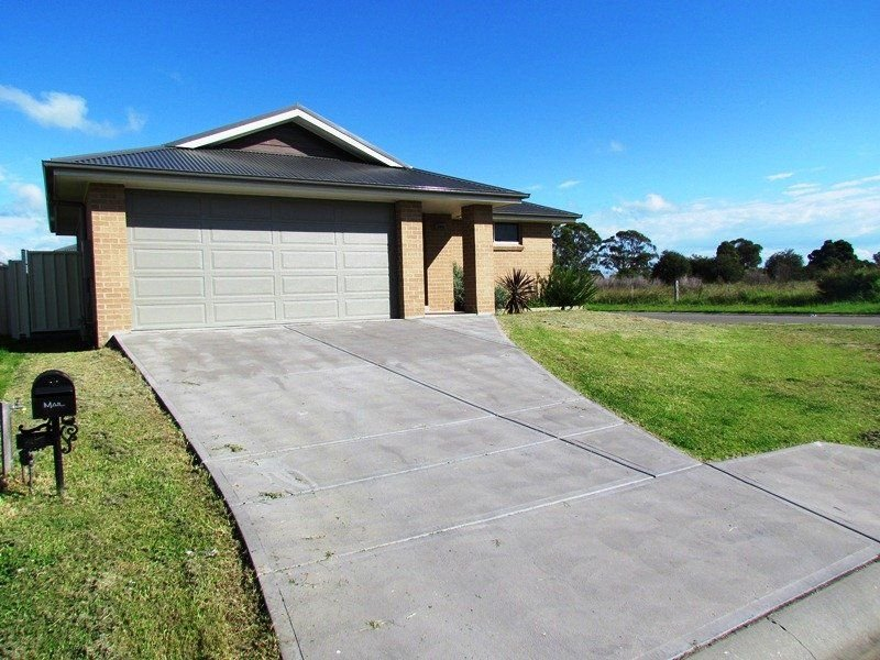 13 Robinia Way, Cessnock, NSW 2325