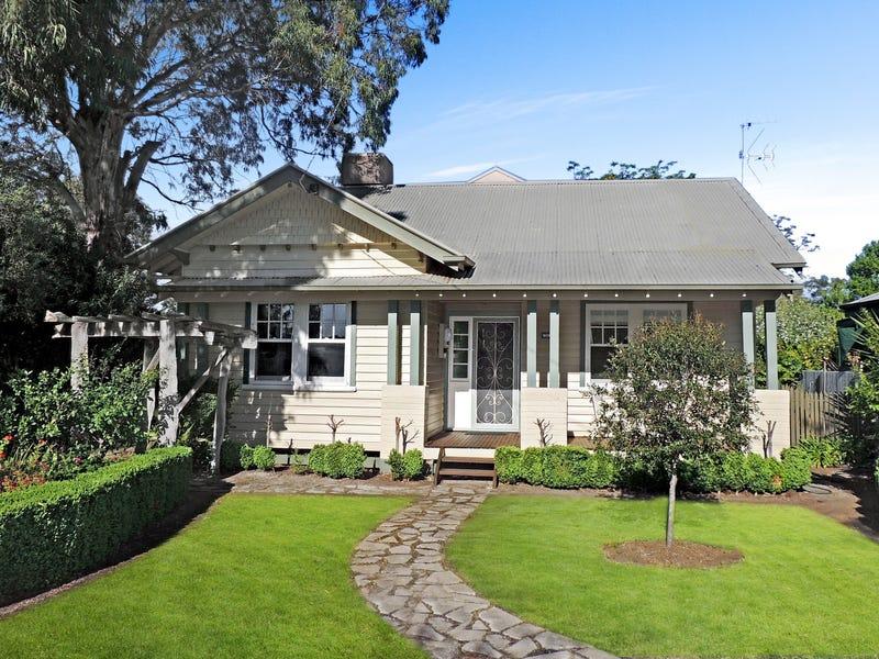 13 Palaroo Street, Swan Hill, Vic 3585