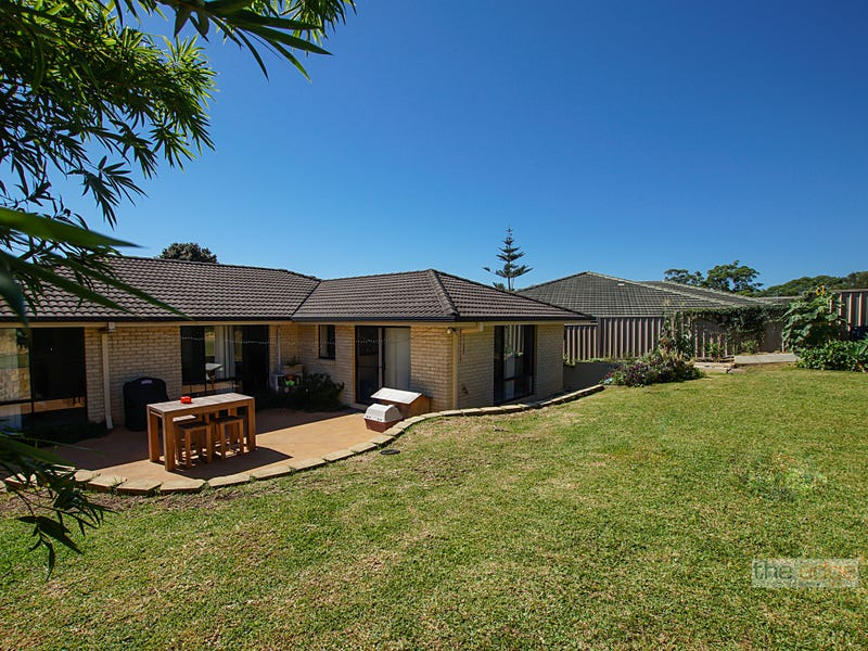 15 Borrowdale Crescent, Boambee East, NSW 2452