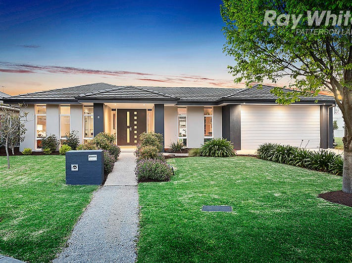 8 Fisher Mews, Waterways, Vic 3195