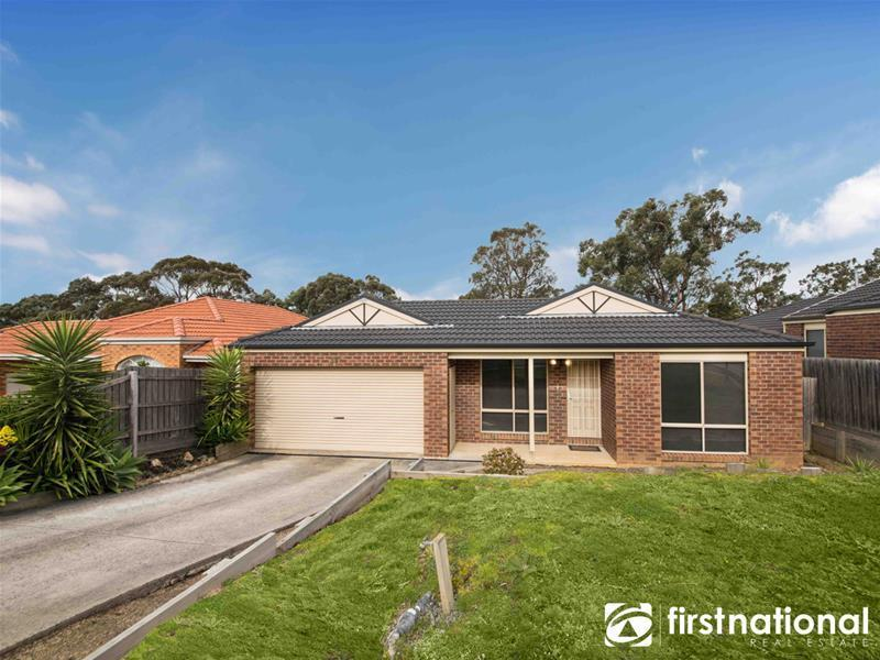33 Ash Crescent, Pakenham, Vic 3810