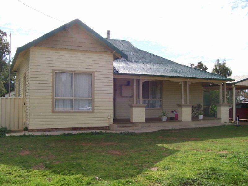 6 Webster Street, Oaklands, NSW 2646