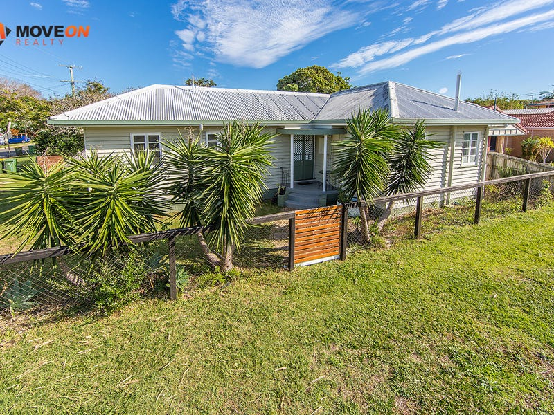 3B HAWTHORNE ST, Woody Point, Qld 4019