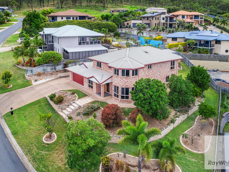 16 Woodford Way, Norman Gardens, Qld 4701