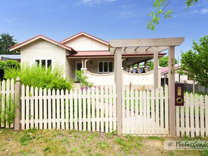 110 Barney Street, Armidale, NSW 2350