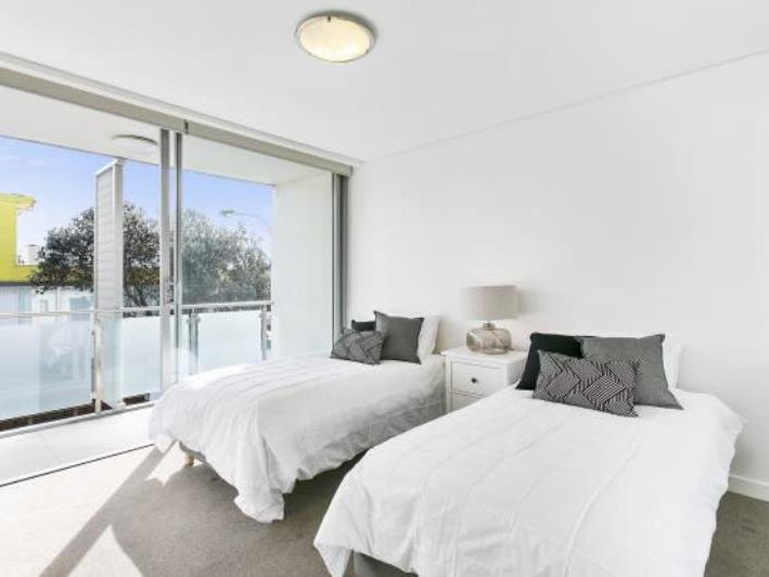 1/57-59 Beach Road, Bondi Beach