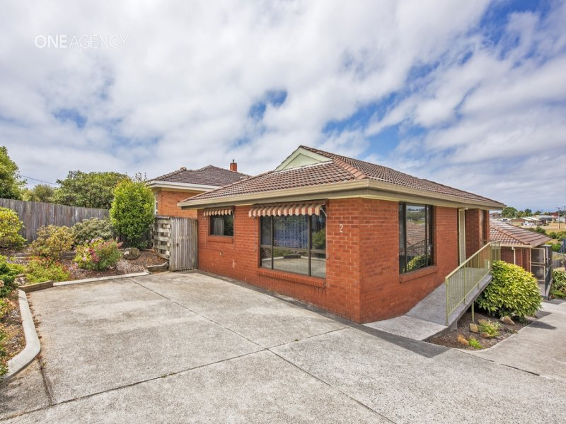 2/259 Mount Street, Upper Burnie, Tas 7320