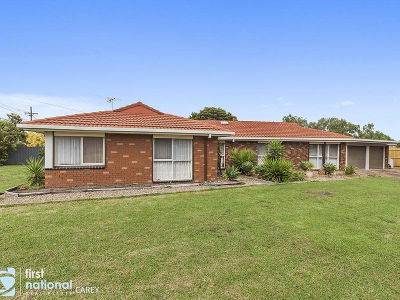 34 Brunel Close, Lara, Vic 3212