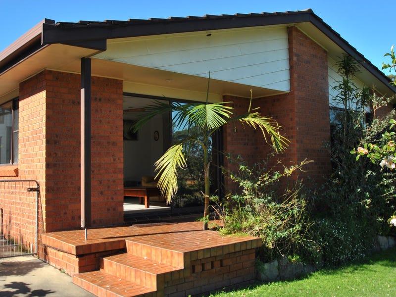 14 Orient Avenue, Orient Point, NSW 2540