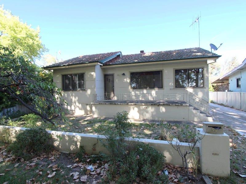 90 Morrissett Street, Bathurst, NSW 2795