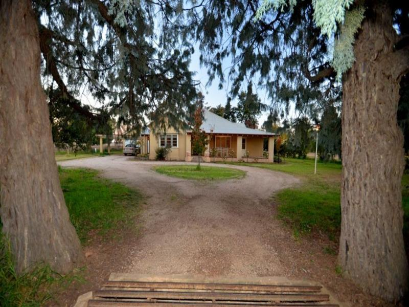 "2 ""Allengrove"" Warregal Road, Parkes, NSW 2870"