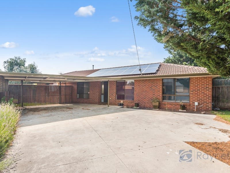 6 Daly Court, Darley, Vic 3340