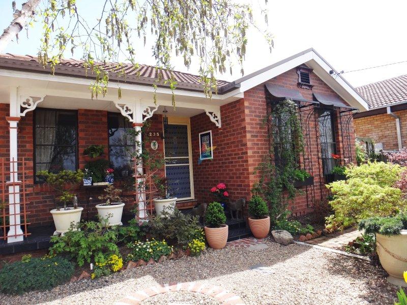 235 Stewart Street, Bathurst, NSW 2795