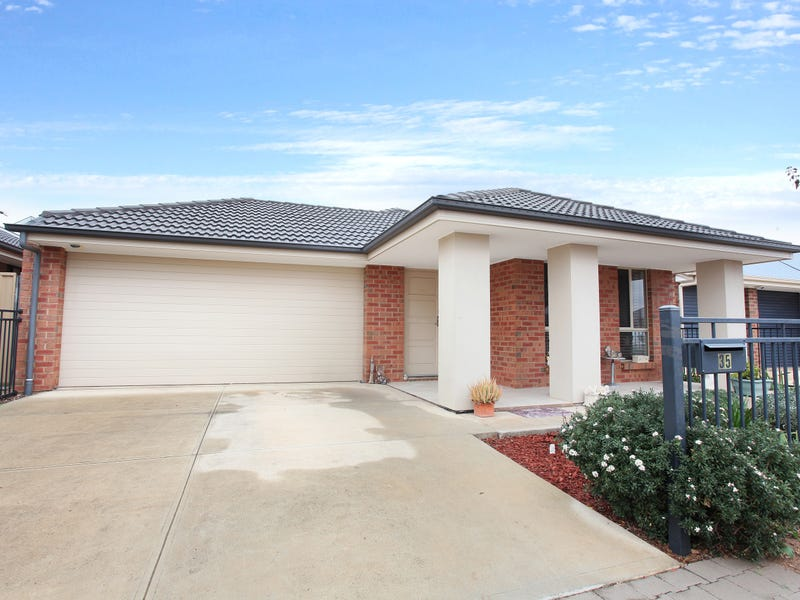 35 Small Crescent, Smithfield Plains, SA 5114