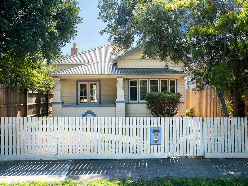 24 Farm Street, Newport, Vic 3015