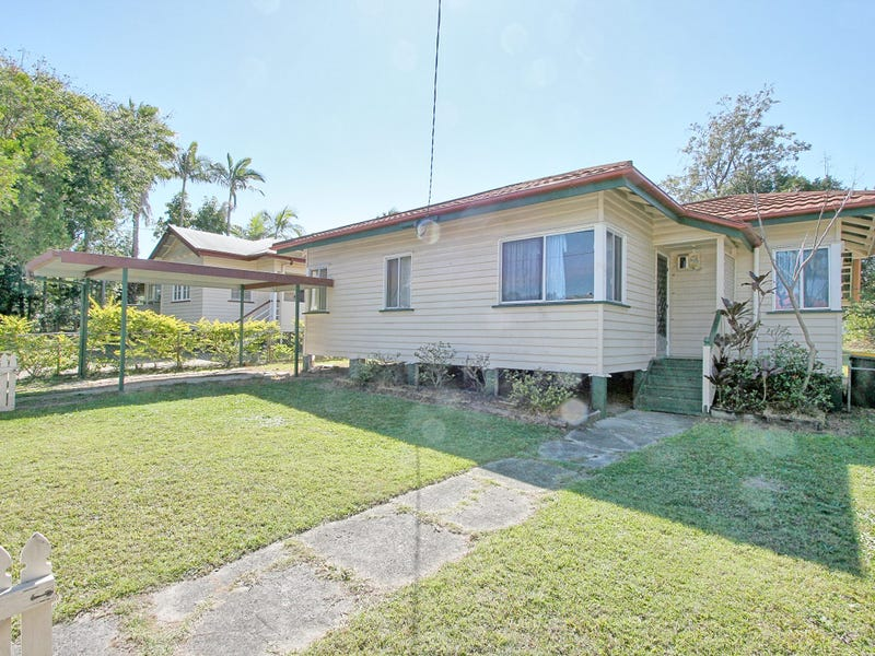 28 Dobbie Street, Holland Park, Qld 4121