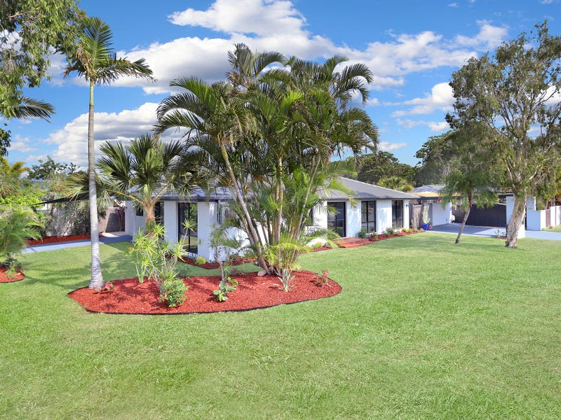 19 Lakefield Crescent, Paradise Point, Qld 4216