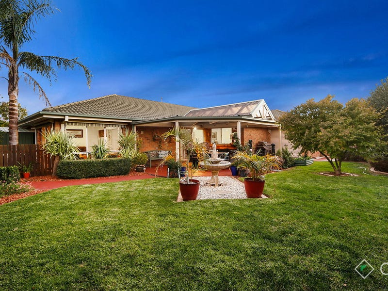 17 Sunny Vale Drive, Langwarrin, Vic 3910