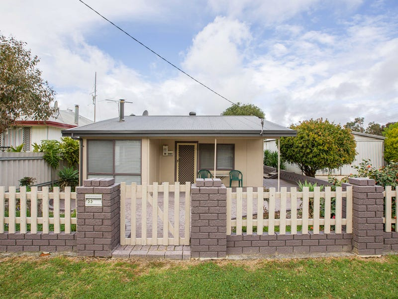 55 Coombes Street, Collie