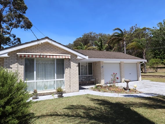 72 LAKEHAVEN DRIVE, Sussex Inlet, NSW 2540
