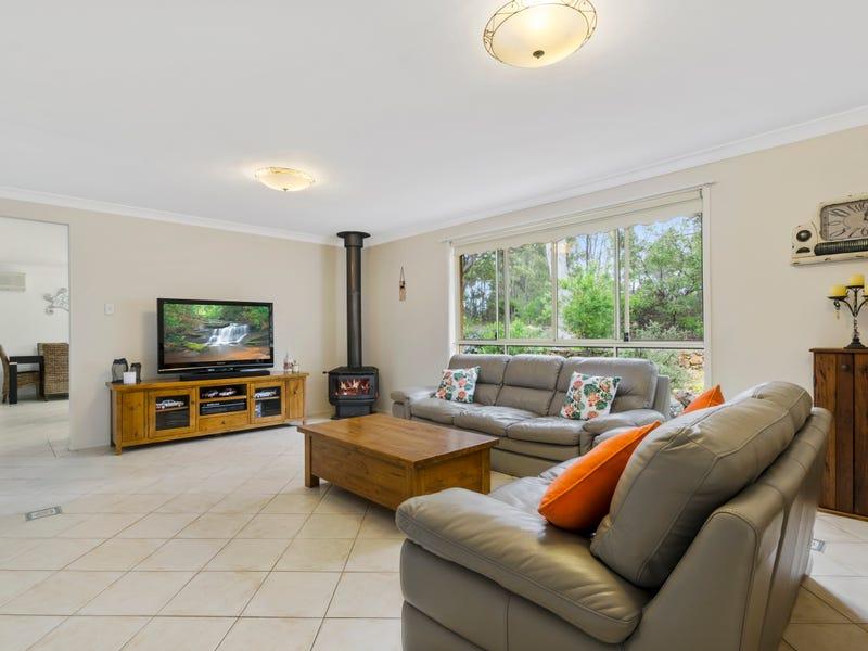 3 Vaughan Street, Hill Top, NSW 2575