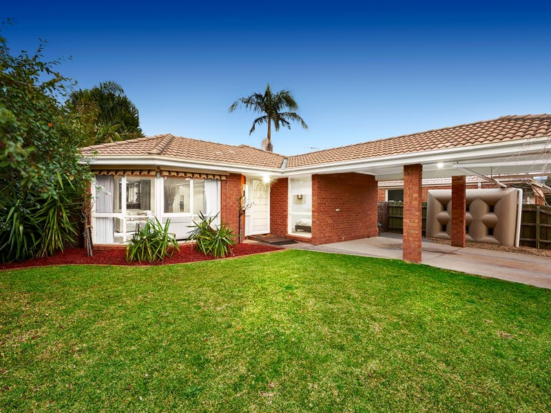 4 Parklands Close, Ferntree Gully, Vic 3156