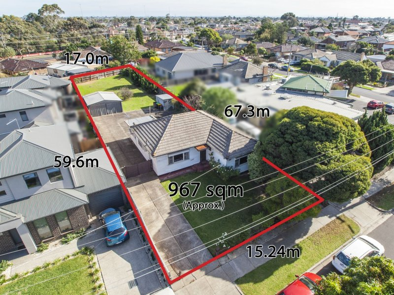 17 Cresswold Avenue, Avondale Heights, Vic 3034