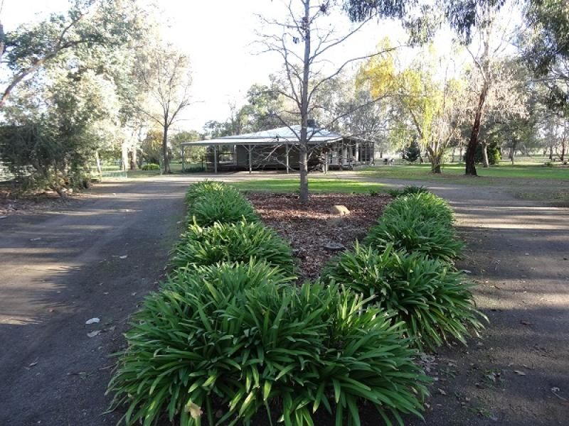 Address available on request, Warrenbayne, Vic 3670