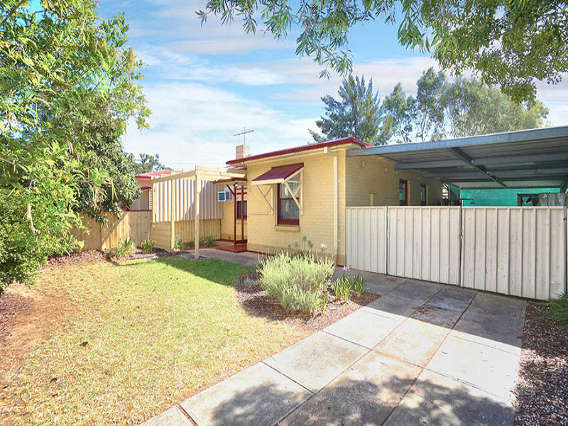27 Knighton Road, Elizabeth North, SA 5113