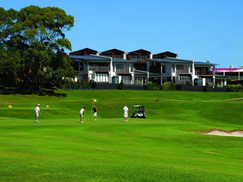 Unit 3/1 Langi Place, Ocean Shores, NSW 2483