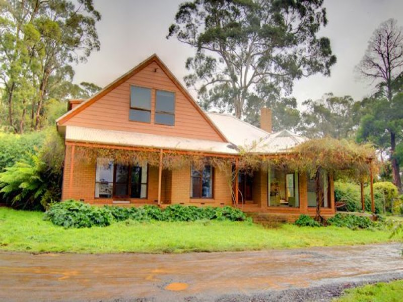 99 Howards Rd, Wattle Flat, Vic 3352