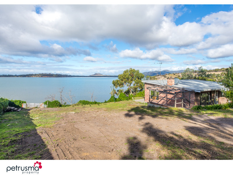 569 Shark Point Road, Penna, Tas 7171