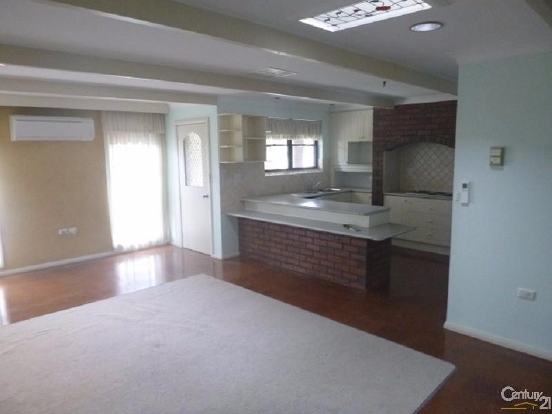 6 Coronation Avenue, Parkes, NSW 2870