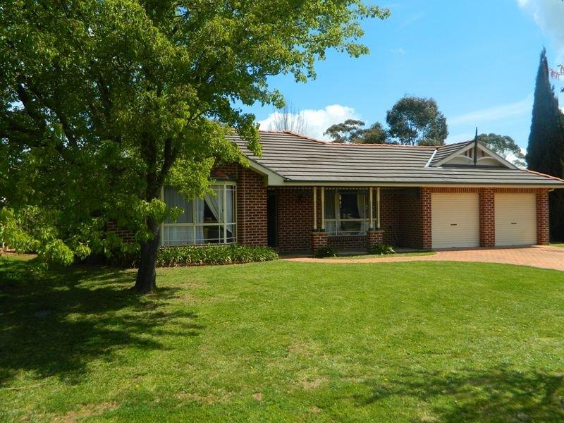 64 Turner Crescent, Orange, NSW 2800