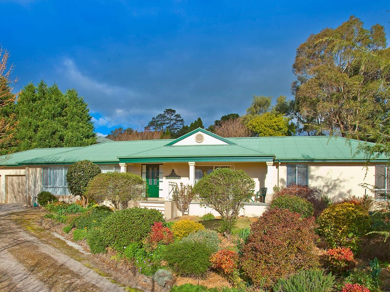 8 Dyson Place, Moss Vale, NSW 2577