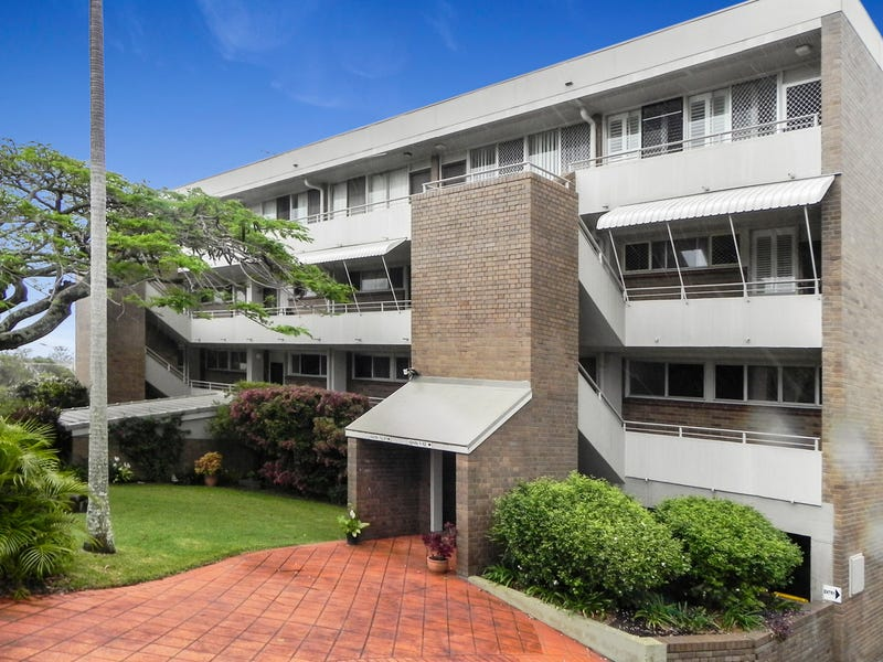 2/12 Queen Street, Kings Beach, Qld 4551