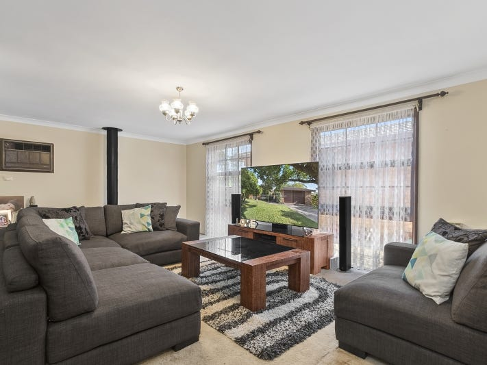 12 Robert Street, North Richmond, NSW 2754