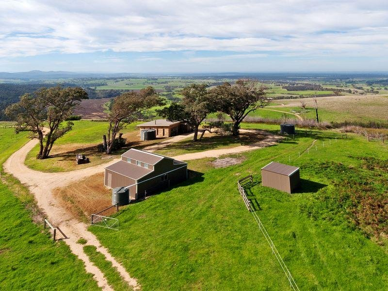 15 Aubreys Road, Seaton, Vic 3858