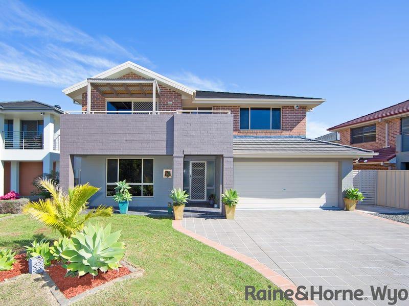 8 Waterside Drive, Woongarrah, NSW 2259