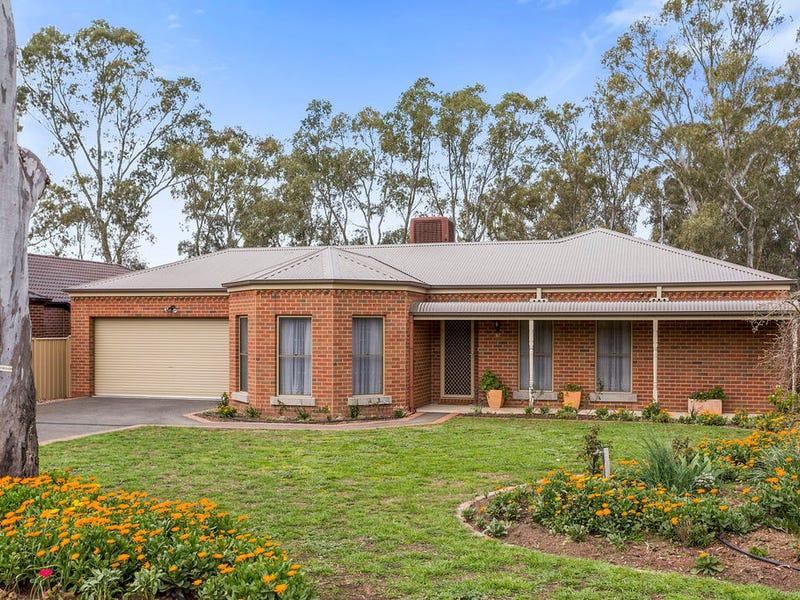 97 Crusoe Road, Kangaroo Flat, Vic 3555