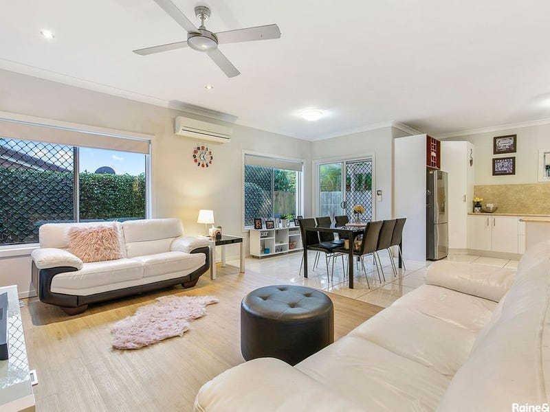 3/4 Dunns Terrace, Scarborough, Qld 4020