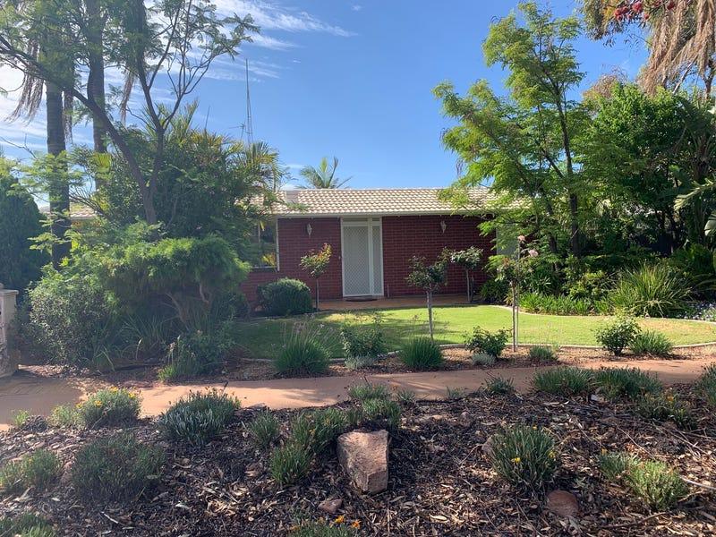 6 Parfitt Street, Whyalla Jenkins, SA 5609