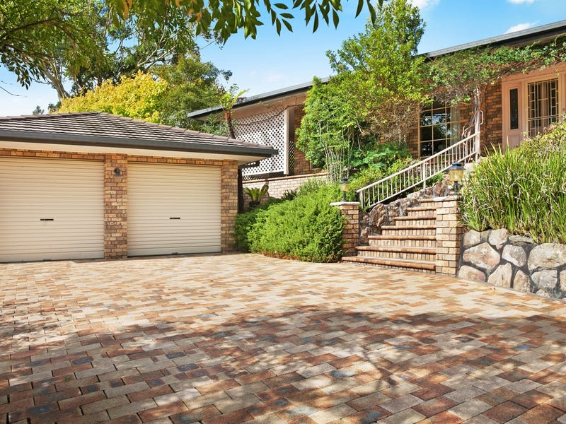 2 Victor Close, Green Point, NSW 2251
