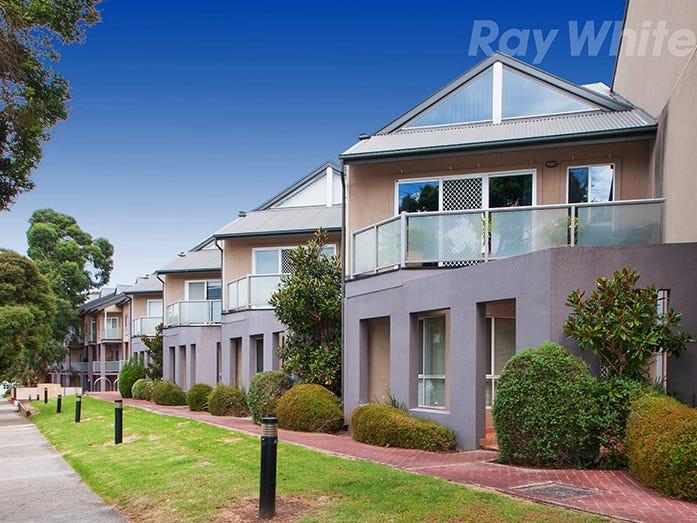 18/13-15 HEWISH ROAD, Croydon, Vic 3136