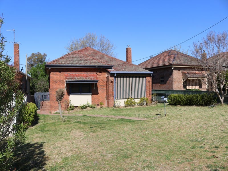 38 YASS STREET, Young