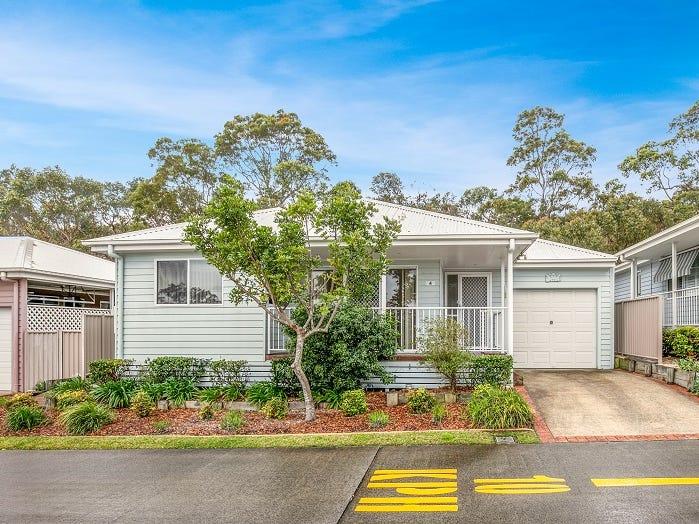 4/2 Saliena Avenue, Lake Munmorah, NSW 2259