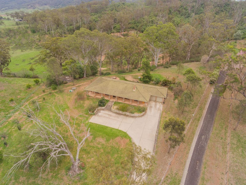 104 McWilliam Drive, Douglas Park, NSW 2569
